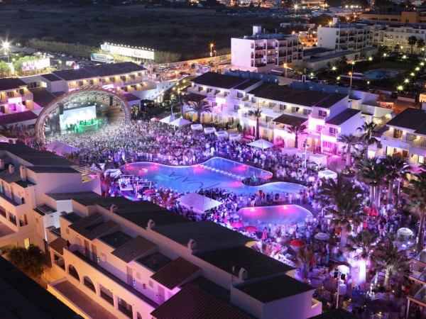 (Español) Ushuaïa Ibiza Beach Hotel – Ibiza Guide Map